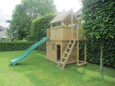 Prachtig speelhuis voor de kids met een hutje met bankje erin, en met glijbaan. Ook uit te breiden met schommel!