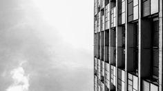 Galería de Clásicos de Arquitectura: Edificio y Galería Comercial AMES / Ávila Guevara, Moyano y Zarazága - 11 Stairs, Architecture, Home Decor, Modern Architecture, Buildings, Nice, Home, Arquitetura, Stairway