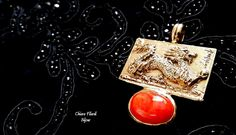 Pendentif en laiton avec corail naturel. Dragon. de la boutique filardibijoux sur Etsy
