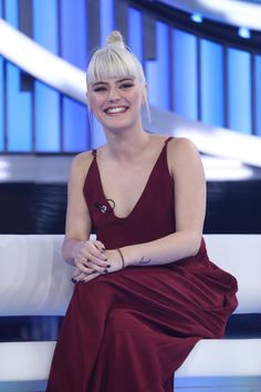 Pixie Styles, Short Hair Styles, Light Of My Life, Photoshoot, Formal Dresses, Celebrities, Photography, Lovers, Girls