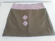 Wrap skirt reversible.
