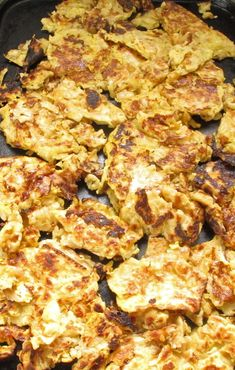Matzo brei is the perfect Passover breakfast or brunch treat. It takes a few simple ingredients and turns them into a delightful meal. Mine is sweet, but you can easily turn it savory if you want. Passover Recipes, Jewish Recipes, Passover Food, Matzo Brei Recipe, Kosher Recipes, Cooking Recipes, Egg Recipes, Brunch Recipes, Desserts