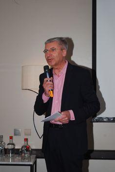 Paul Germain de TV5Monde anime la conférence #conferasmus