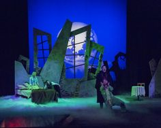 Dracula. Moorpark College Performing Arts Center. Mickey Howell, the performing arts technician.  http://livedesignonline.com/moorpark-colleges-mdg-ice-fog-q-generator-delivers-right-atmosphere-dracula