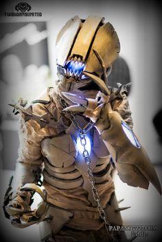 The Soul Bender Evil Alien bone demon Horror sci-fi LIGHT UP full suit Female theatrical costume on Etsy, $1,799.00