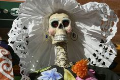 5 Day of the Dead crafts for kids ... seriously!?!?! love this!!