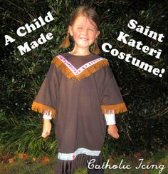 How to make an easy St. Kateri costume for All Saints' Day. (How To Make Dress For Kids) Catholic Crafts, Catholic Kids, Saint Costume, Saints For Kids, Saint Feast Days, Dress Up Boxes, All Saints Day, Kids Dress Up, Cool Costumes