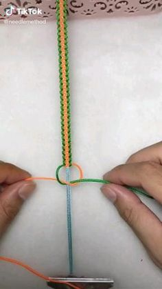 Diy Friendship Bracelets Tutorial, Diy Friendship Bracelets Patterns, Bracelet Tutorial, Simple Friendship Bracelets, Diy Bracelets With String, Diy Bracelets Easy, Diy Bracelets For Boyfriend, Handmade Bracelets, Macrame Bracelet Diy