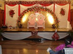 Ideas for wedding indian theme stage decorations Marriage Hall Decoration, Engagement Stage Decoration, Wedding Hall Decorations, Birthday Decorations, Indian Wedding Stage, Indian Wedding Favors, India Wedding, Simple Stage Decorations, Backdrop Decorations