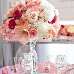 25 STUNNING Centerpieces.... There's something for every type bride!