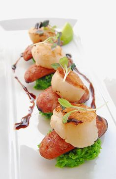 Scallops, Entree for Mt Ommaney Hotel Apartments, Charlton Hotels #taybiandesign
