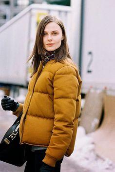 Break out the puffer jacket for winter. | Image via bloglovin.com