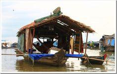 Casa flutuante em Chong Khneas - Camboja