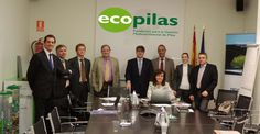 El patronato de Ecopilas se reunió el 11 de diciembre en la sede de Recyclia, para hacer balance del año 2012 y proponer actuaciones, actividades y presupuestos para el 2013.