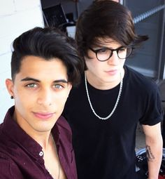 Read Fotos from the story Imágenes y Memes de CNCO by (Vale Dominguez) with 13 reads. Brian Colon, Disney Music, Ricky Martin, Bff Goals, Face Claims, Good Looking Men, My King, Perfect Man, Hair Designs