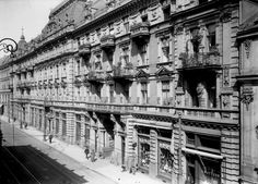 Trębacka ok. 1920 r. Old Photography, Old Photos, Old Things, Louvre, The Incredibles, Street, City, Places, Travel