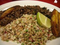 picadillo (salpicon): flank or eye round; Lunch Recipes, Mexican Food Recipes, Cooking Recipes, Ethnic Recipes, Salpicon Recipe, El Salvador Food, Salvadoran Food, Recetas Salvadorenas, Picadillo Recipe
