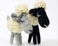 Fuente: http://www.etsy.com/listing/61549583/bob-and-daisy-the-sheep-amigurumi