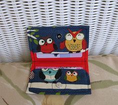so cute! Owl Fabric Card Holder / Business Gift or Credit by KthysKreations