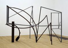 Sir Anthony Caro 'Emma Dipper', 1977 © The estate of Anthony Caro/Barford Sculptures Ltd Structure and Clarity: Room 11 Abstract Sculpture, Sculpture Art, Mobile Sculpture, Geometric Sculpture, Steel Sculpture, Abstract Art, Anthony Caro, Tate Gallery, Contemporary Sculpture
