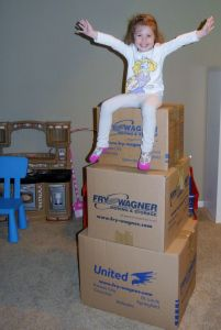 12 Things Only Moving Moms and Their Families Understand. Seriously, these will ALL make you laugh! #movingmom