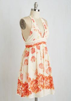 Flying Hydrangea Dress | Mod Retro Vintage Dresses | ModCloth.com