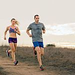 Prevent IT Band syndrome. Safe Keepers: Side-Leg Raisers | Runner's World