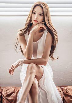 Park SooYeon 朴秀然