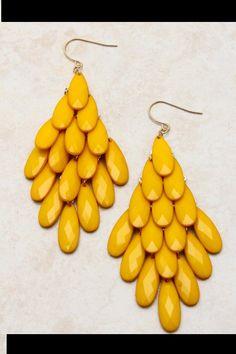 Vintage Crystal Drop Earrings by ALLYandASHLEY on Etsy,