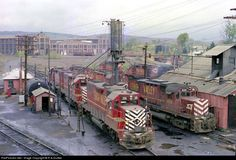 RailPictures.Net Photo: LV 315 Lehigh Valley EMD GP38-2 at Sayre, Pennsylvania…