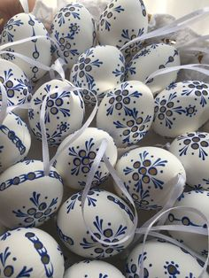 "Lot of 8 Czech traditional Easter Egg ""Kraslice"" (Europe)-Chicken Egg Multicolor Carved Eggs, Egg Tree, Ukrainian Easter Eggs, Easter Egg Crafts, Easter Traditions, Thinking Day, Egg Decorating, Easter Party, Wood"