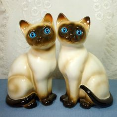 Porcelain Pair Siamese Cat Figurines 1960s by VintageStarrBeads, $24.00