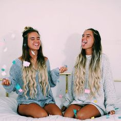 """happy August - still can't get over how amazing @foxylocks hair extensions are, and even better they are offering free express shipping to USA! our discount code is """"Tess&Sarah"""" and we wear honey spice ombré if anyone is wondering"""