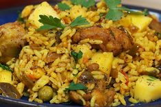 Dive into the Jamaican sunshine through Mads' quick and easy crowd-pleaser! Chicken Thigh And Rice Recipe, Chicken Wing Recipes, Chicken Rice, Chicken Meals, Jamaican Dishes, Jamaican Recipes, Jamaican Rice, Rice Recipes, Cooking Recipes