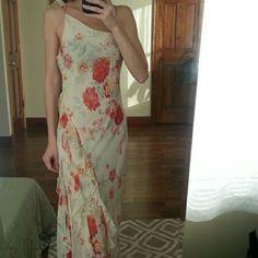 Beautiful silk dress Great condition. 100% silk Express Dresses Midi