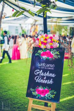 Looking for latest Outdoor Wedding Decorations? Check out the trending images of the best Indian Outdoor Wedding Decoration ideas. Desi Wedding Decor, Engagement Decorations, Wedding Props, Backdrop Decorations, Outdoor Wedding Decorations, Wedding Cards, Wedding Ideas, Wedding Signage, Trendy Wedding