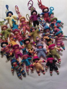 Dolls from pipe cleaners