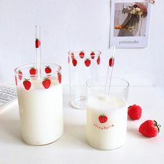cute cups Cute Strawberry Glass Cup ml.Material:glass About Shipping: business days. business days to US, please allow weeks shippi Strawberry Kitchen, Cute Strawberry, Strawberry Shortcake, Cute Kitchen, Kitchen Items, Kitchen Utensils, Objet Wtf, Enjoy Your Meal, Cute Water Bottles