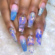 Really pretty nails in purple Fabulous Nails, Gorgeous Nails, Pretty Nails, Beautiful Nail Designs, Cute Nail Designs, Color For Nails, Glamour Nails, Nail Polish Designs, Nails Design
