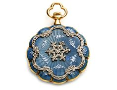 Edwardian sea blue enamel pendant watch with rose cut diamonds. Edwardian Jewelry, Antique Jewelry, Vintage Jewelry, Antique Watches, Vintage Watches, Art Nouveau, Art Deco, Pocket Watch Antique, Antique Engagement Rings