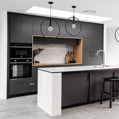 Carrera Kitchen / Projects / Polytec Beautiful Black Matt kitchen with Tasmanian Oak Woodmatt feature. Kitchen Views, Modern Kitchen Design, Carrera, Interior Design, Projects, Home Decor, Beautiful, Black, Design Interiors