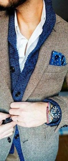 How to Wear a Shawl Cardigan For Men looks & outfits) Sharp Dressed Man, Well Dressed Men, Mode Masculine, Fashion Mode, Mens Fashion, Fashion Trends, Fashion Menswear, Fashion 2014, Fashion Updates