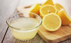 Here are some home remedies for dandruff using lemon juice. Use of lemon juice for dandruff is popular as it is a rich source of citric acid and helps eliminate dandruff from the roots. Home Remedies For Dandruff, Natural Remedies, Cold Remedies, Superfood, Getting Rid Of Dandruff, Lemon Diet, Lemon Water, Rose Water, Baking Soda