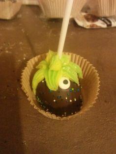 Alien cake pops.