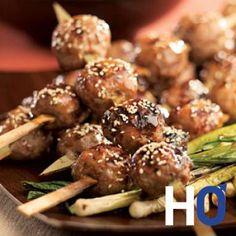 brochettes-de-boulettes-de-poulet-a-la-japonaise