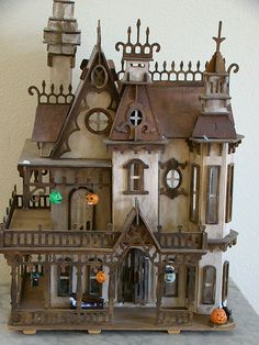 Haunted DollHouse 1/2 scale by Marina's art dolls, via Flickr