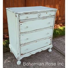 This vintage dresser has big spacious drawers featuring vintage glass knobs! Painted with Cece Caldwells Chalk + Clay Paints in Nantucket Spray. Located at Le'stuff Antique Mall in Historic Downtown Hillsboro. #cececaldwellspaints #shabbychic #paintedfurniture #vintagelove #bohemianroseinc #lestuffantiquemall