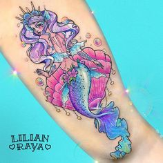 """141 Likes, 6 Comments - Lilian Raya (@lilianraya) on Instagram: """"¡Se fue otra sirena más! Este es el primer tatuaje más grande que he hecho hasta ahora: 28 cm.…"""""""