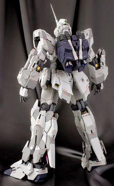 "Painted Build: PG 1/60 RX-0 Unicorn Gundam ""Detailed"" - Gundam Kits Collection News and Reviews Gunpla Custom, Custom Gundam, Action Toys, Action Figures, Gundam Toys, Perfect Grade, Fighting Robots, Gundam Mobile Suit, Unicorn Gundam"