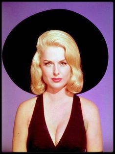 martha hyer The Carpetbaggers Old Hollywood Glamour, Vintage Hollywood, Hollywood Stars, Classic Hollywood, Classic Actresses, Hollywood Actresses, Beautiful Actresses, Blonde Actresses, Hot Actresses